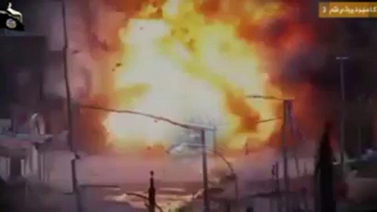 Coche bomba suicida Estado Islamico Iran