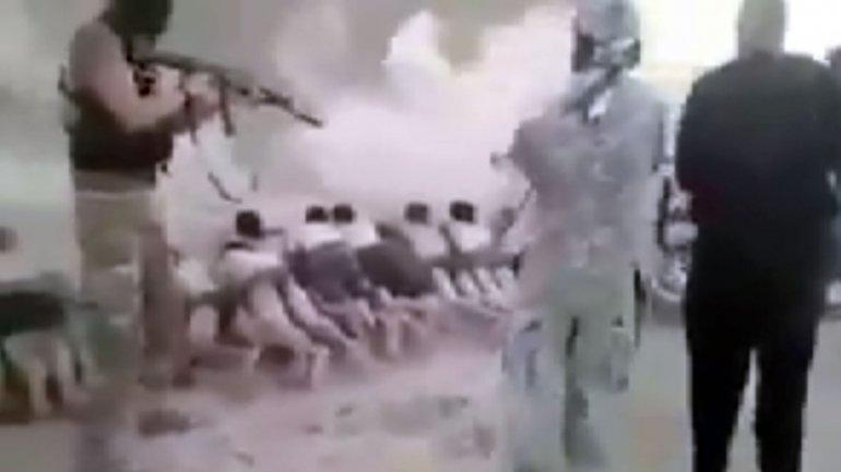 Terroristas del Estado Islámico fusilaron a 200 niños sirios por no unirse al grupo yihadista
