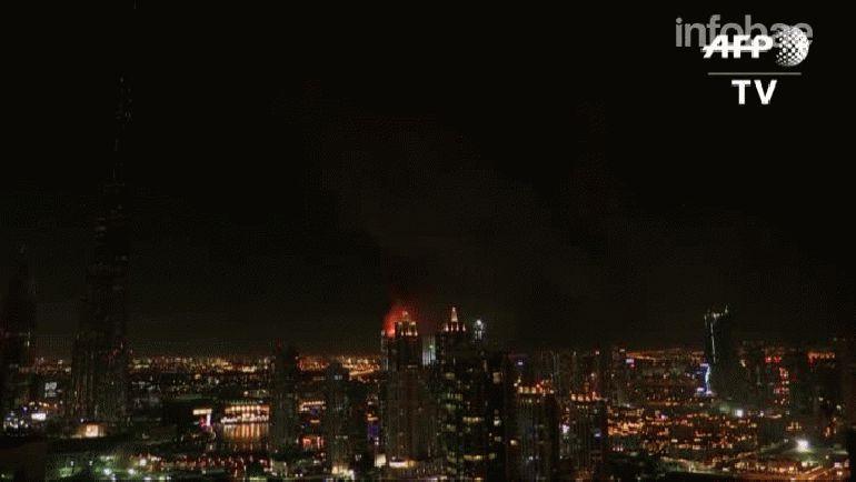 Impresionante incendio en un rascacielos de Dubai