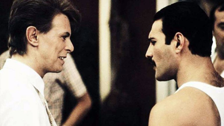 David Bowie y Freddie Mercury.