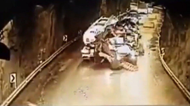 Así fue el frenético recorrido del camionero por el túnel en Colombia