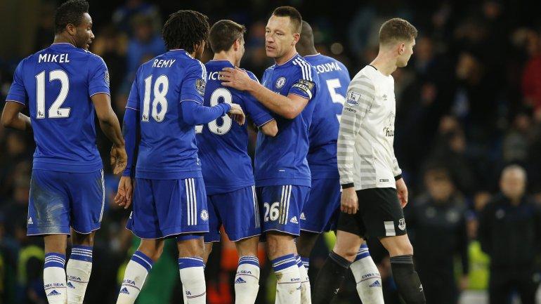 El discutido gol de John Terry que estableció el 3-3 entre Chelsea y Everton