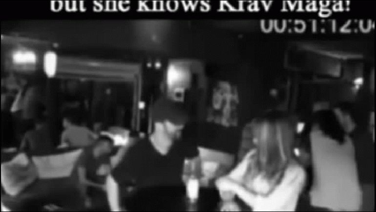El video de la increíble defensa de una joven israelí contra tres hombres