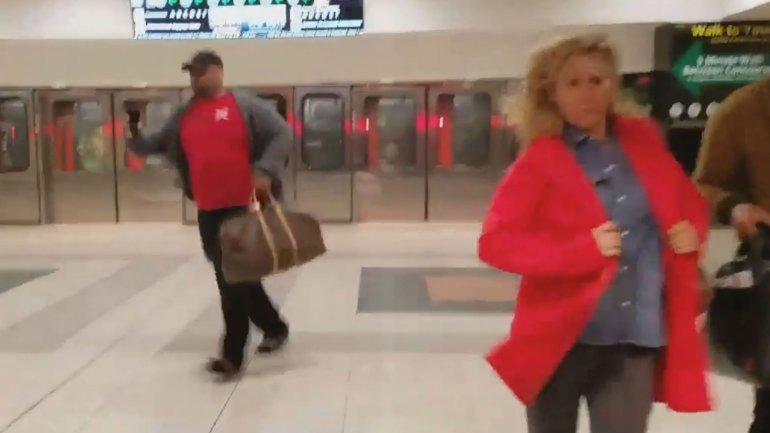 Escenas de pánico en el aeropuerto de Atlanta por la aparición de un paquete sospechoso